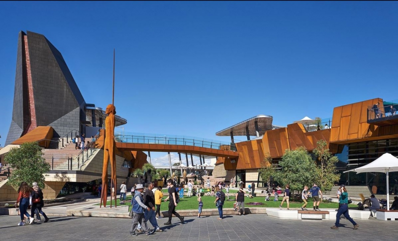 Yagan Square wins Award for Excellence